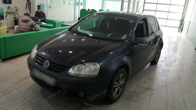 Volkswagen Golf V 2005г.